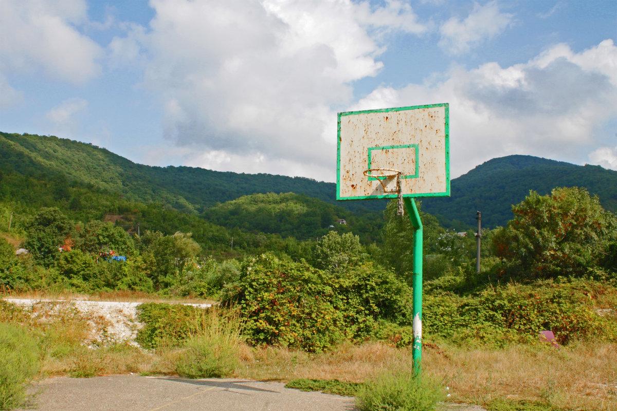 Баскетбол в поселке - Людмила Волдыкова