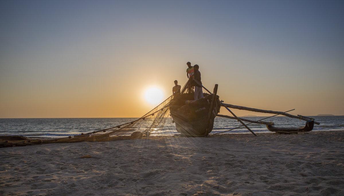южное гоа индия.ловцы солнца - юрий макаров