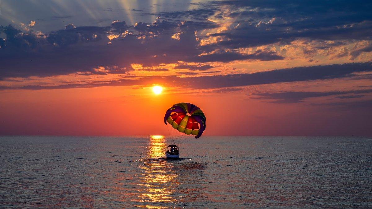 На закате в небо - Юрий Бичеров