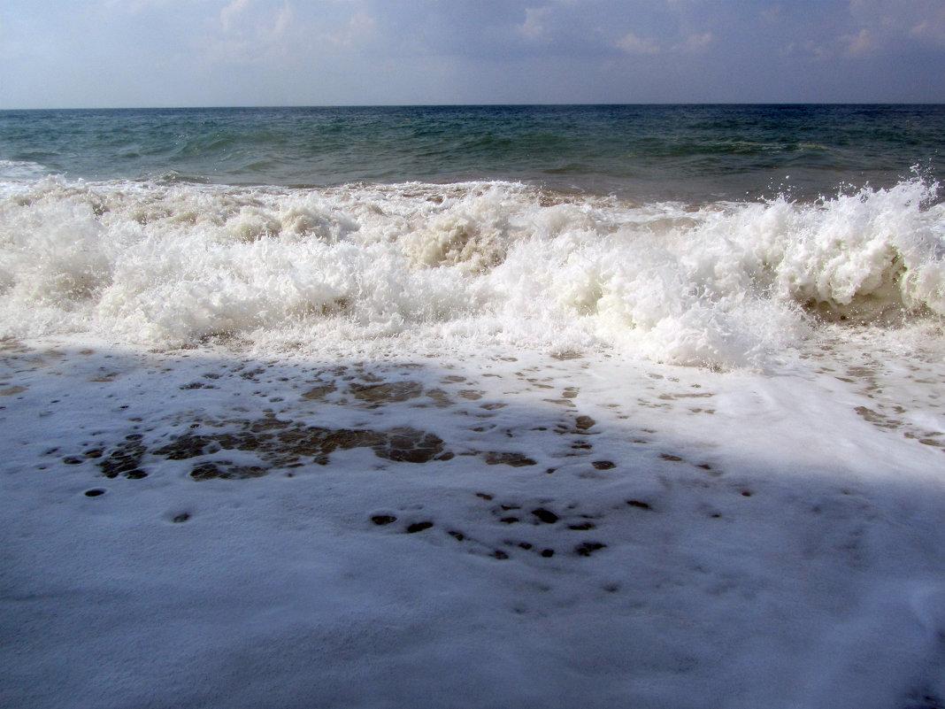 белопенная волна - tgtyjdrf