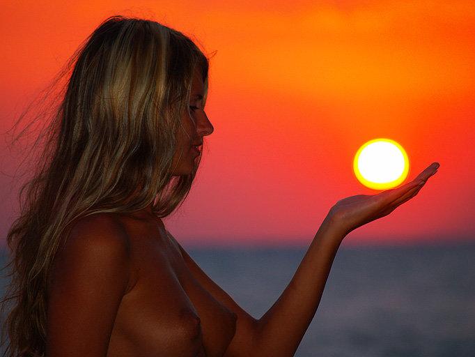 Sunset nude beach - Radosvet Asgard