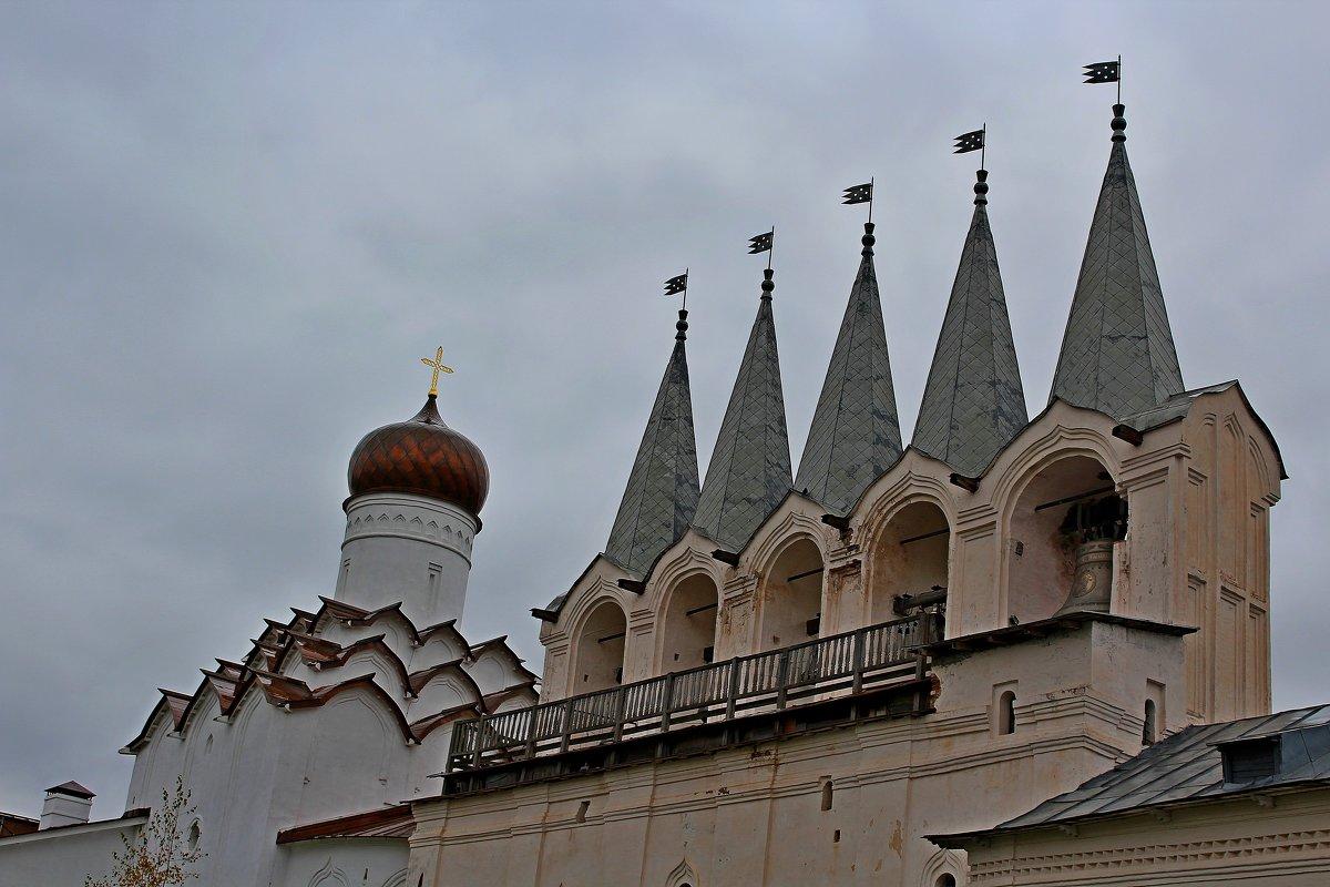 Тихвинский монастырь - Vladimir Semenchukov