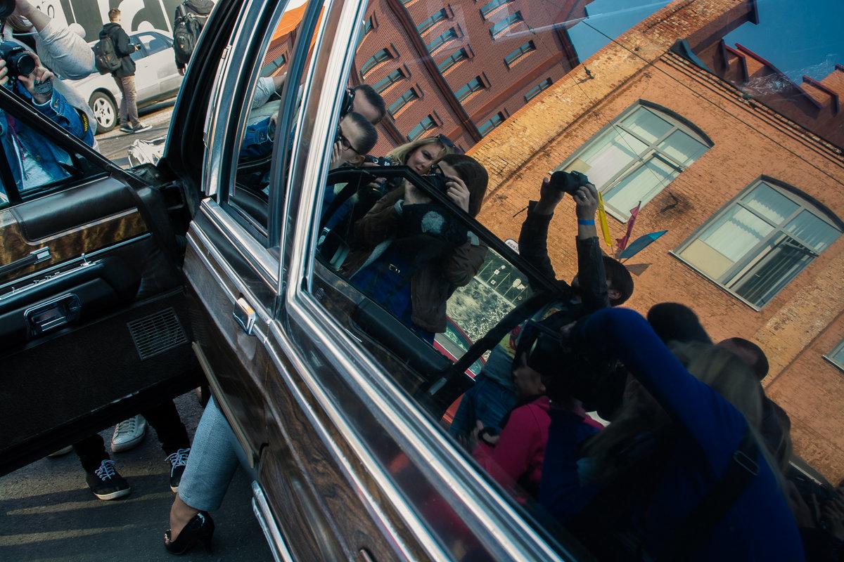 Съемка модели в автомобиле - Дмитрий Шишкин