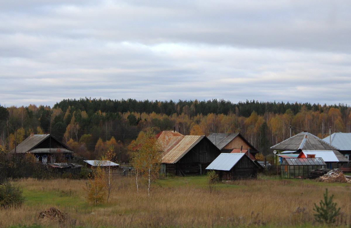 Стоит средь лесов деревенька - Татьяна Ломтева