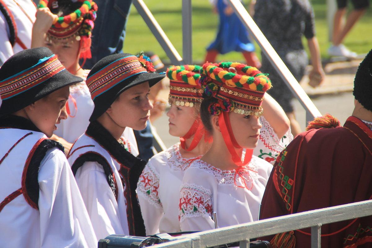 юные танцоры - Евгений Гузов