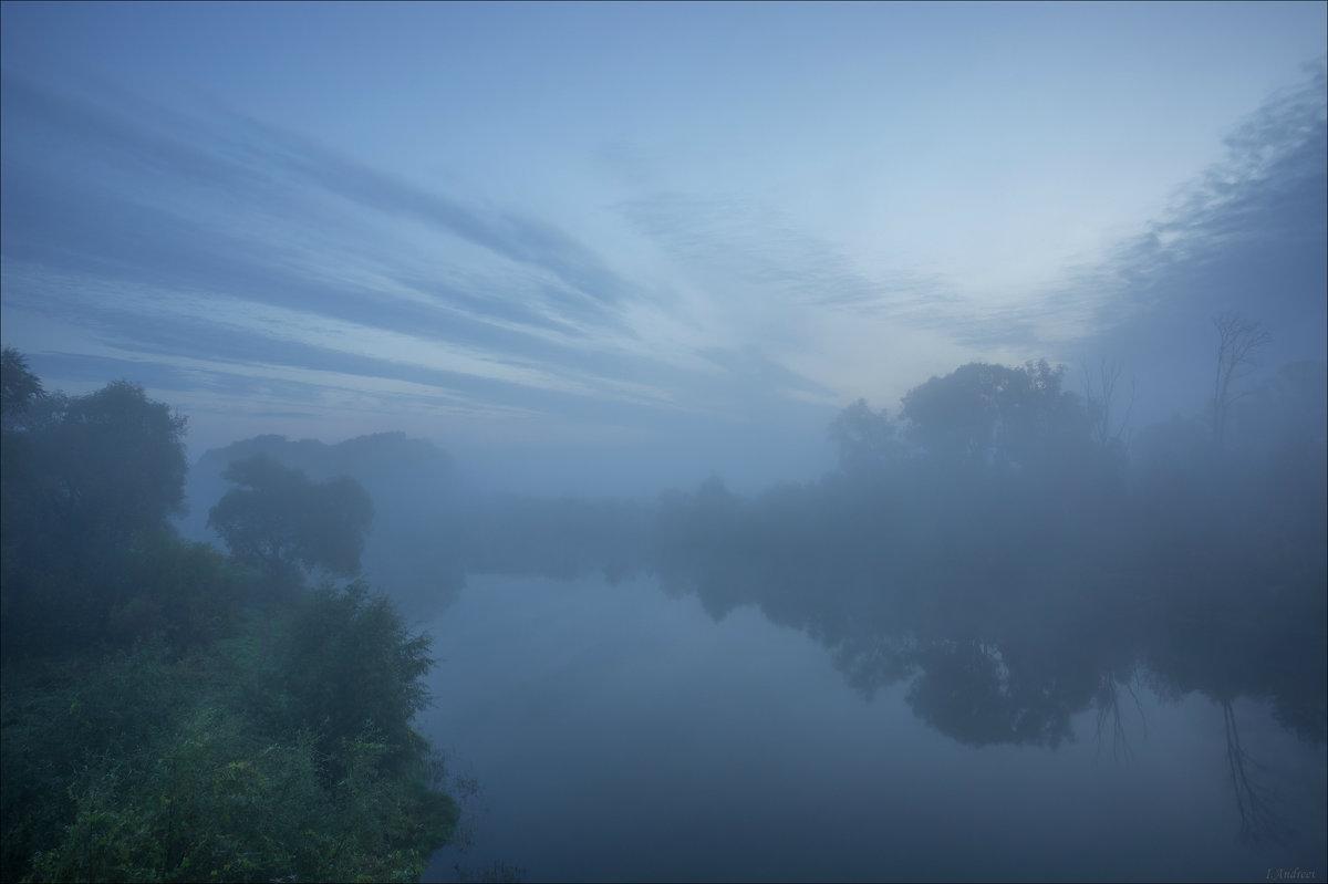 В туманный восход на реке Нерль. - Igor Andreev