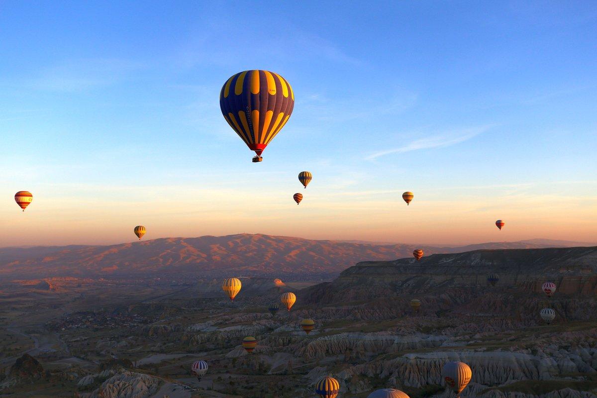 Воздушные шары на рассвете - Алексей Писарев
