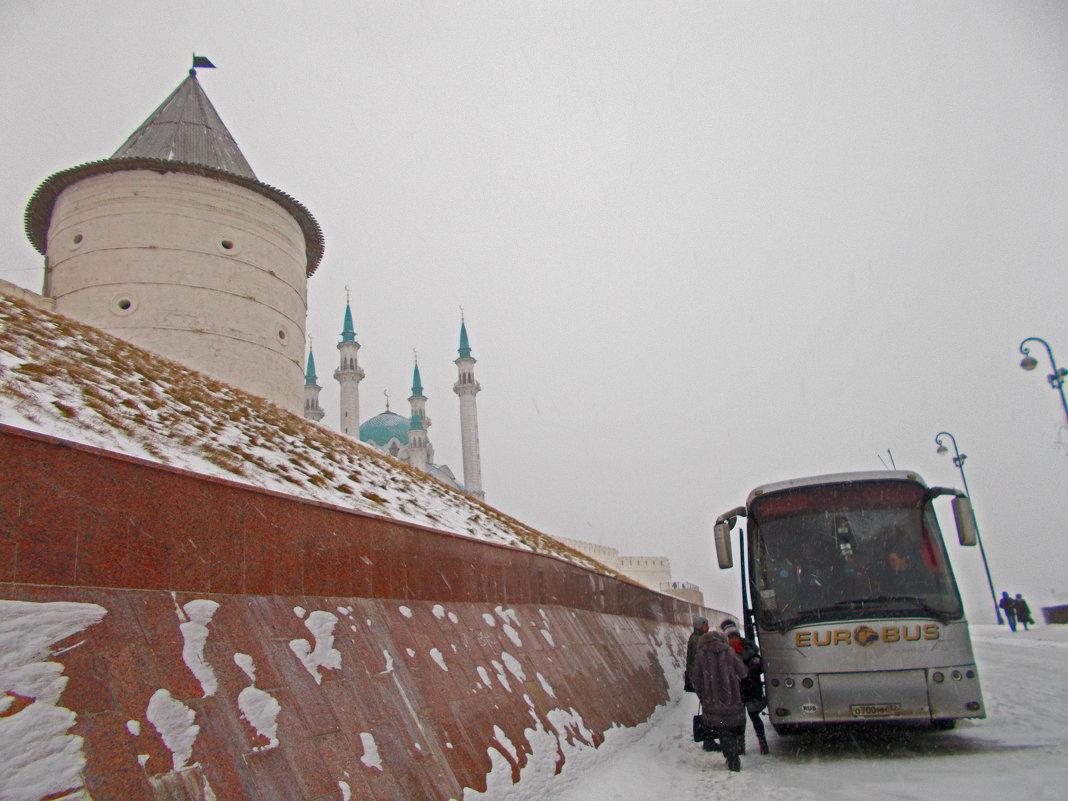 У стен Казанского кремля - Сергей