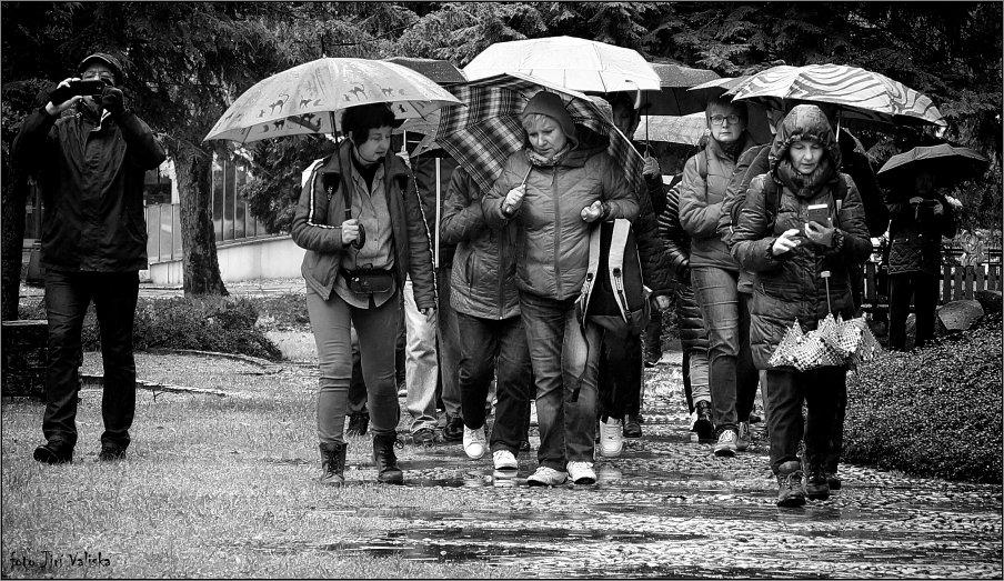 очень дождливый день - Jiří Valiska