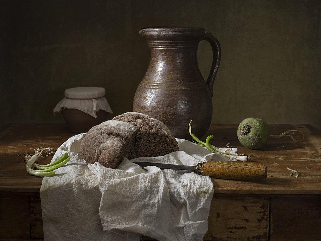 Натюрморт с хлебом - Татьяна Карачкова