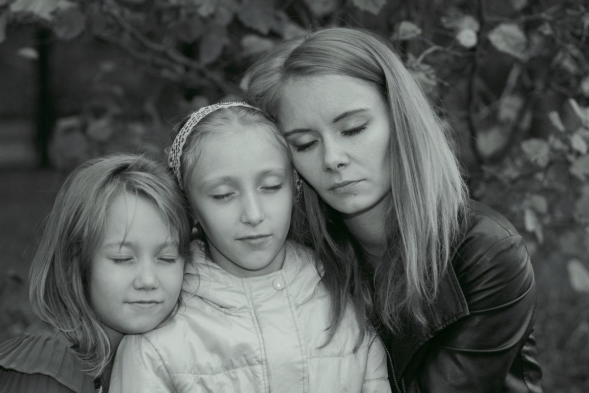 мама и дочки - Аnastasiya levandovskaya