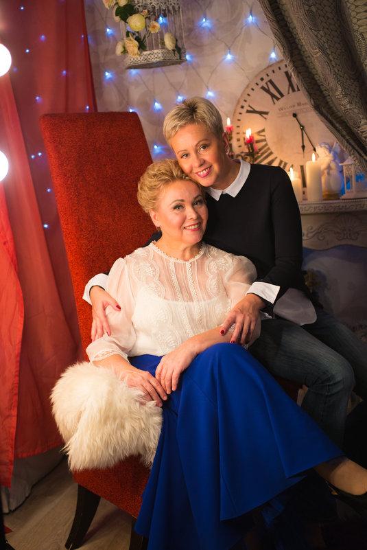 Мама с дочкой - Юлия