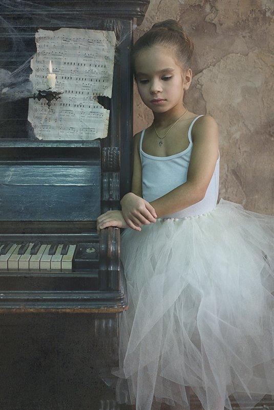 Ballerina's story - Elena Fokina