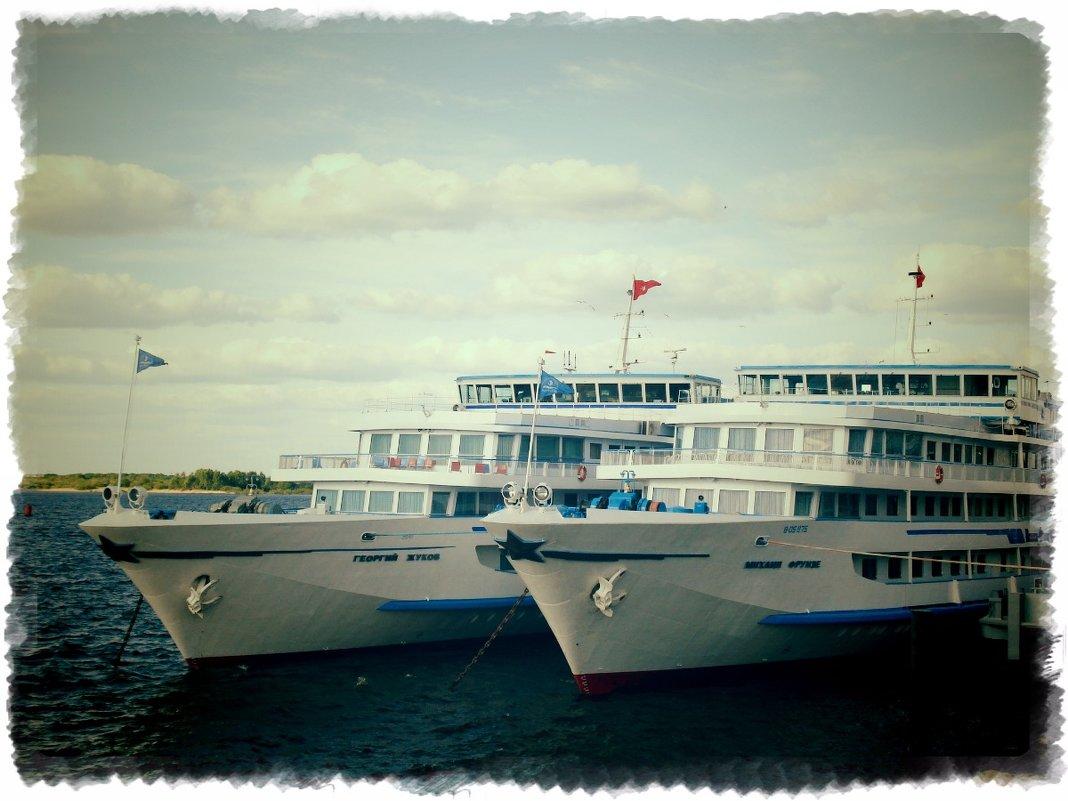 В нашу гавань заходили корабли... - Андрей Головкин