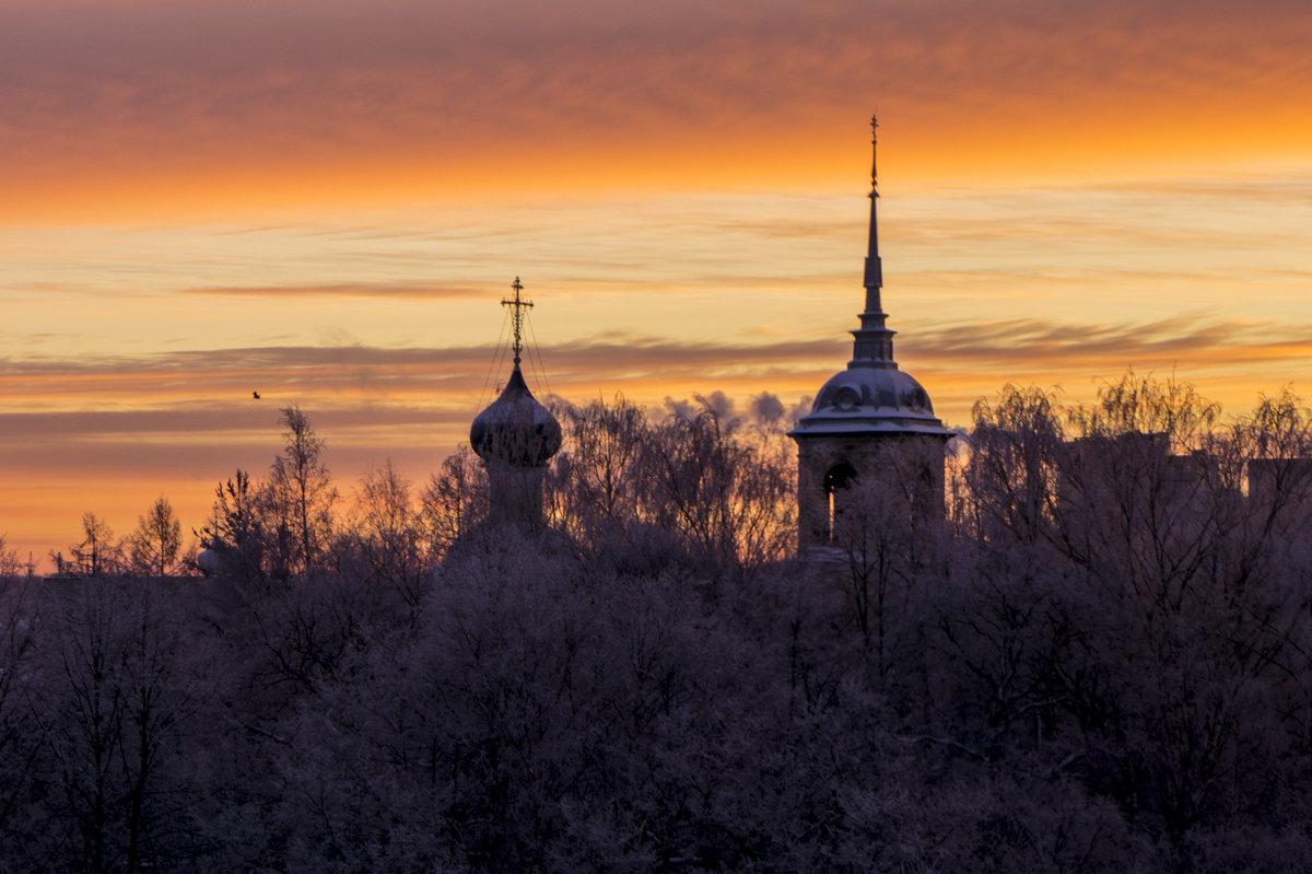 Вчерашний рассвет - Юрий Григорьевич Лозовой