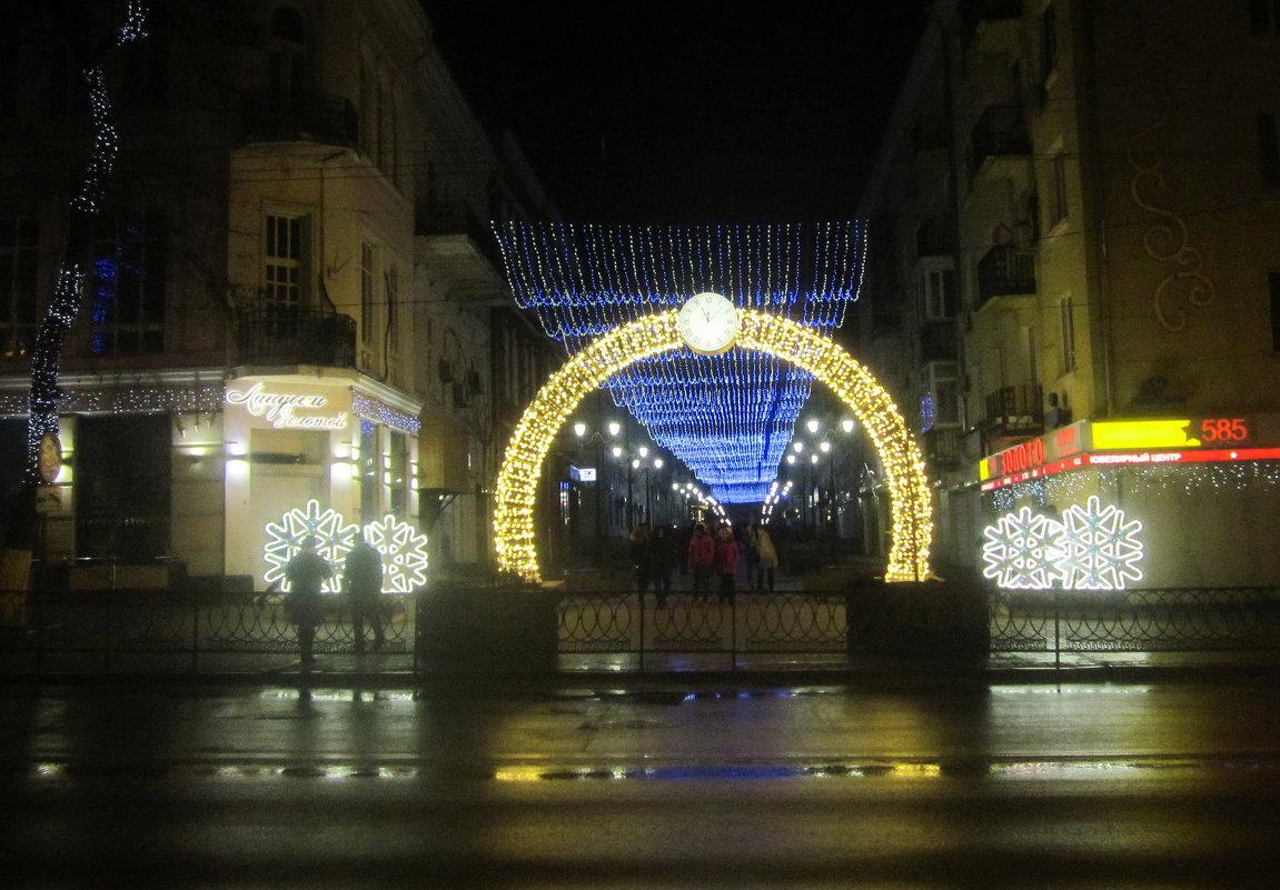 Праздничный город в Сочельник - татьяна