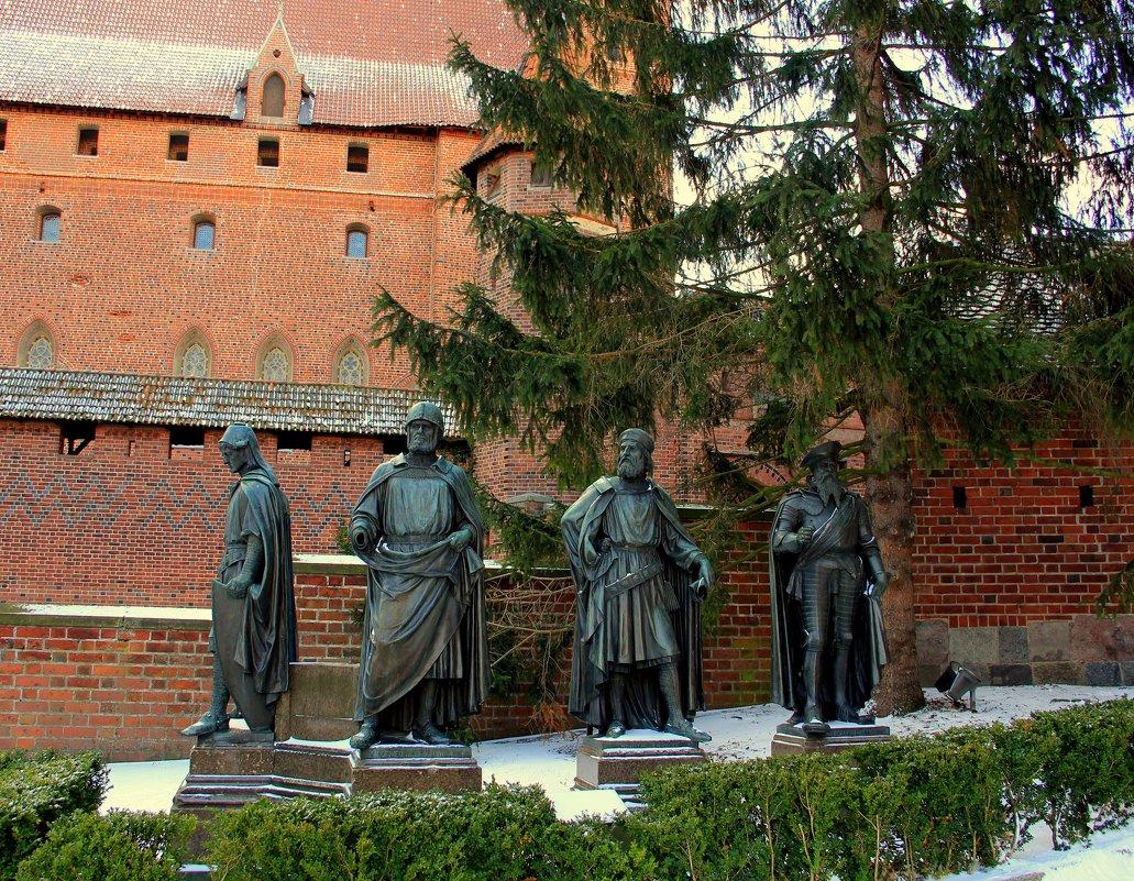 замок тевтонского ордена Мальборг - Ольга