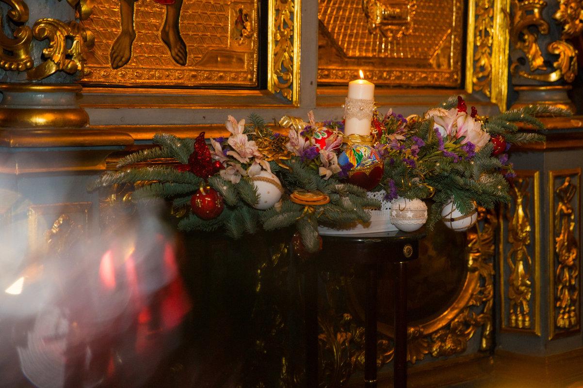 Рождественское убранство храма - Мария Корнилова