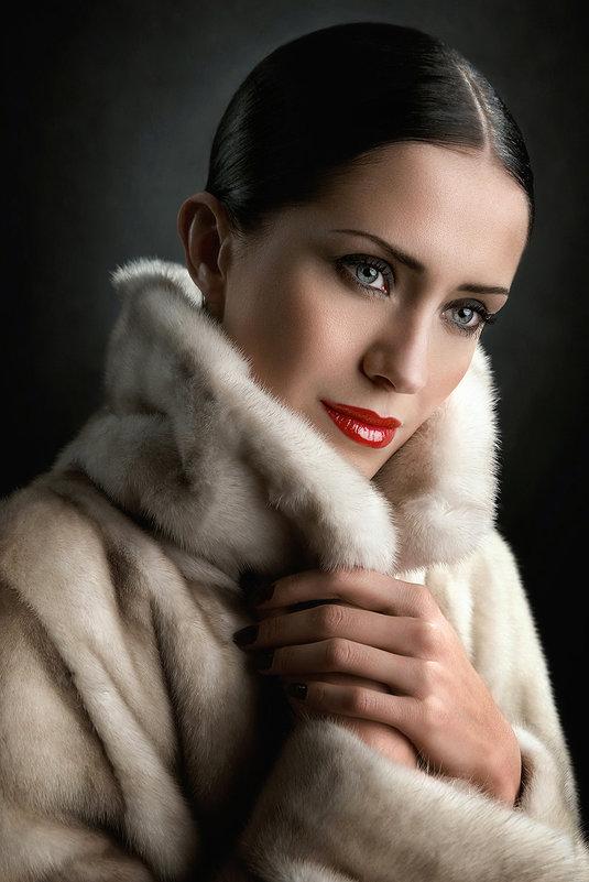 Winter beauty...(Ольга...) - Михаил Смирнов