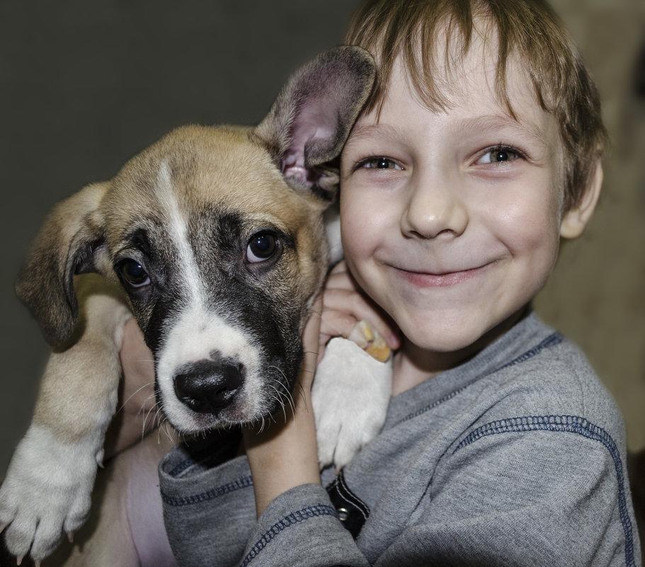 Мальчик с собакой - Алексей Бродовой