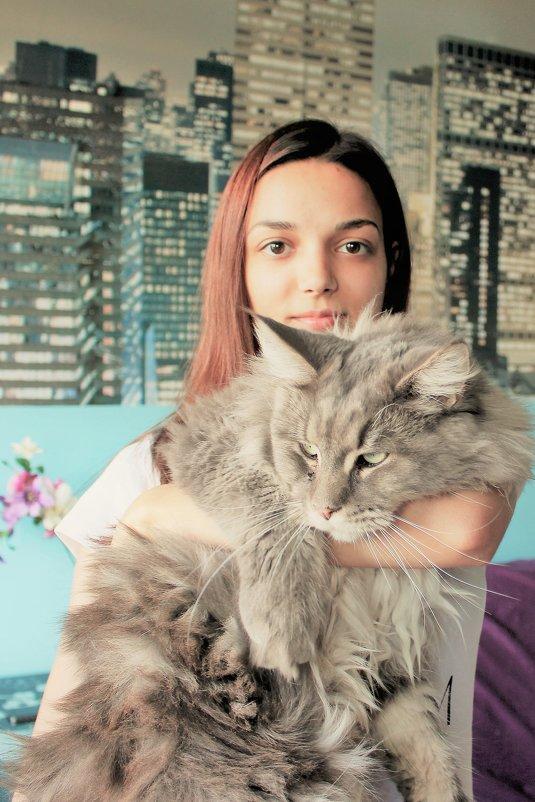 Любимый кот - Людмила Монахова