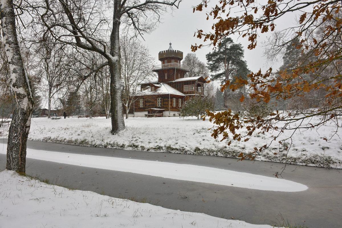 Осенний снегопад в Здравнёво - Леонид Иванчук
