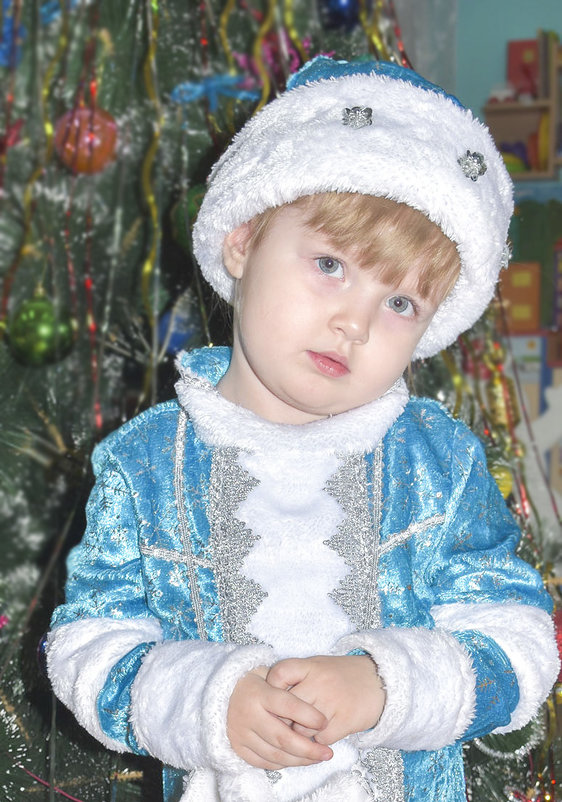 Я ещё не снегурочка, я только учусь ... - юрий Амосов