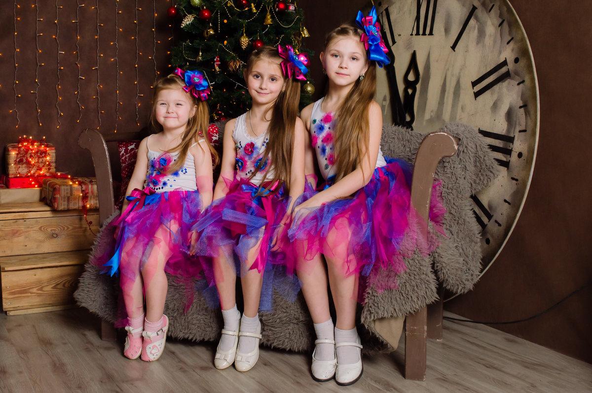 Три сестренки - Анна Миронова