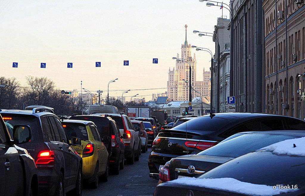 ритмы города-автомобили - Олег Лукьянов