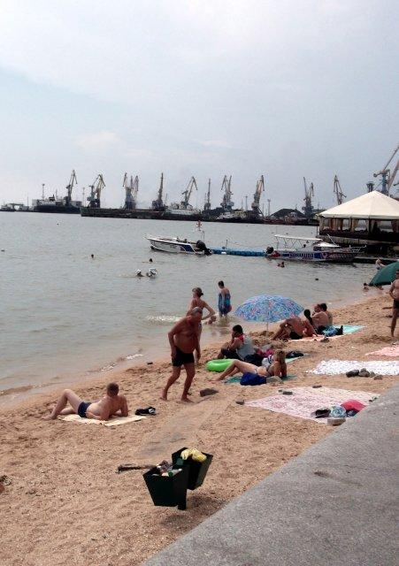На пляже - Svetlana Lyaxovich
