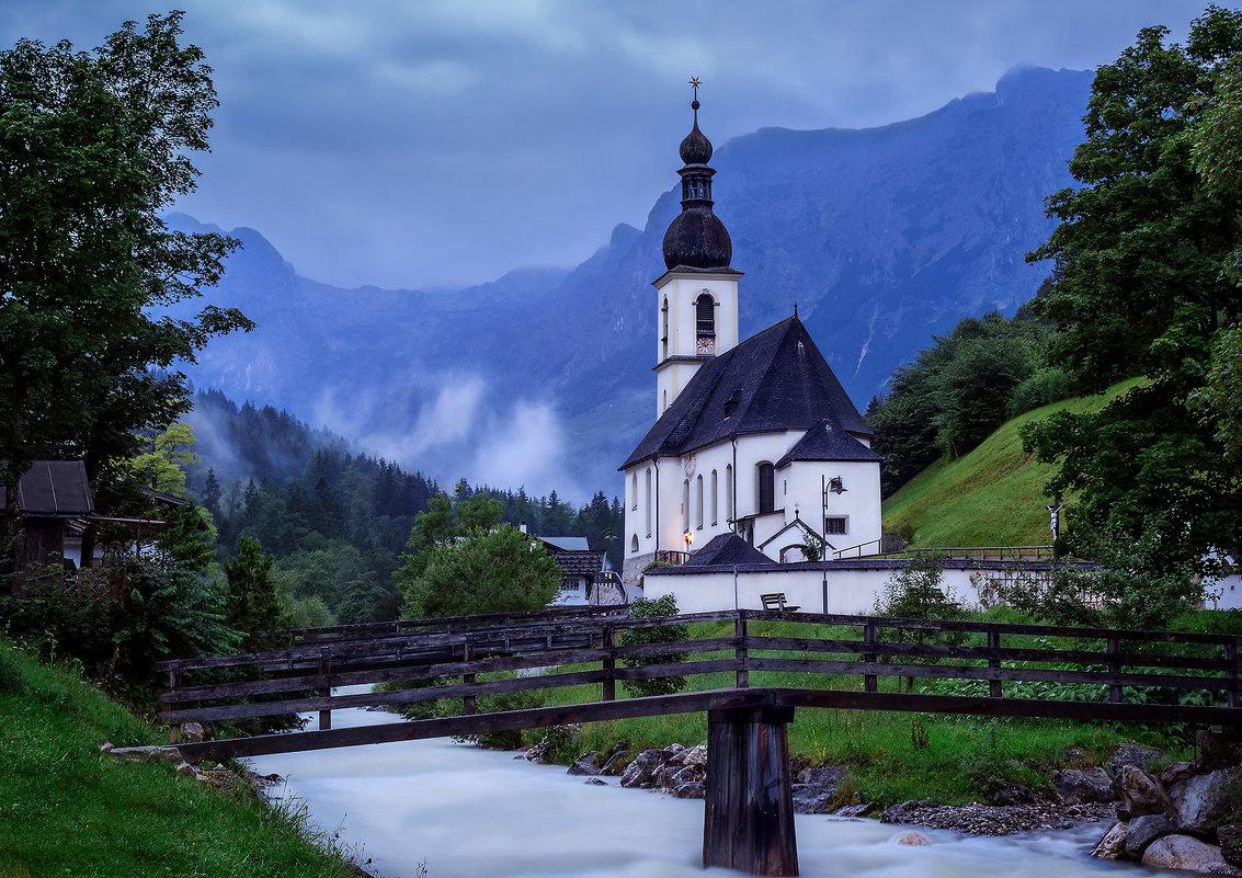 Деревня в Альпах - Lara Irimeeva