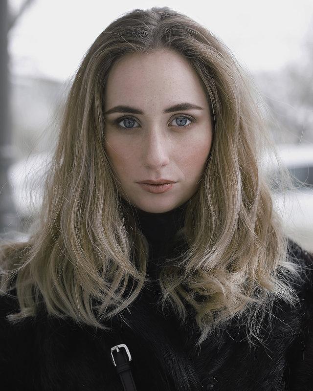 Портрет - Анастасия Ткаченко