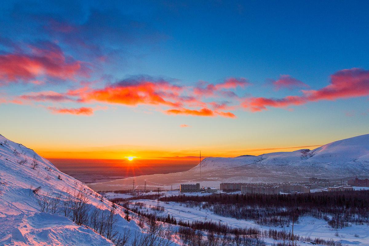 Закат в Хибинах - Александр Неустроев