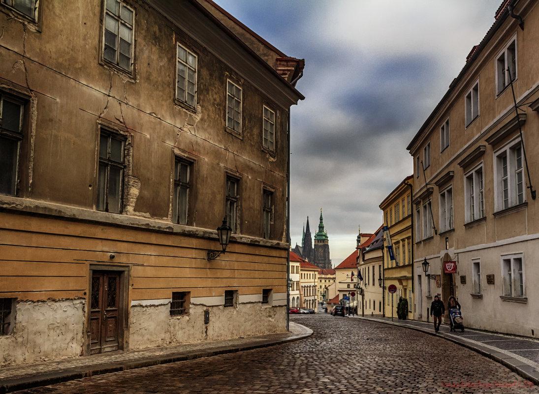 А в Праге идет дождик. - Peiper ///