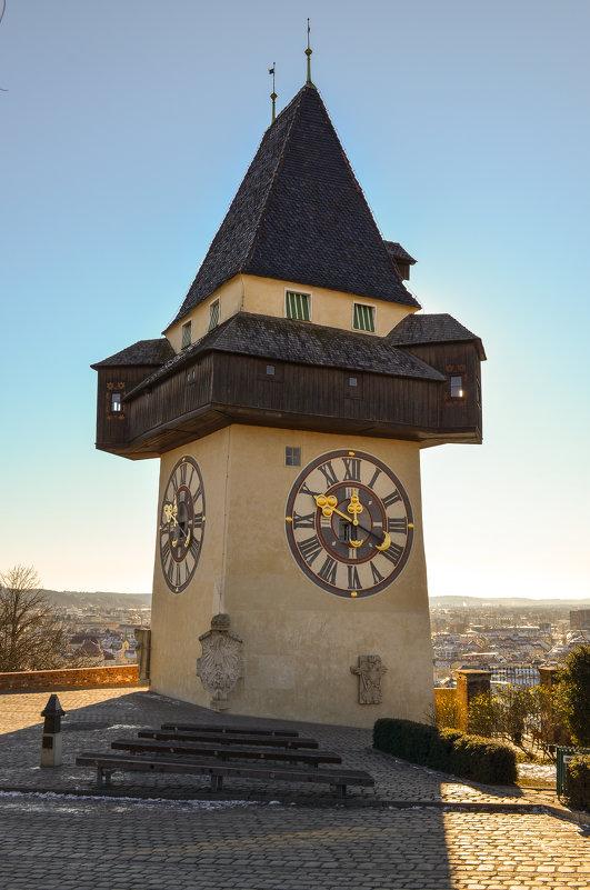 Башня с часами - Евгений Васильев
