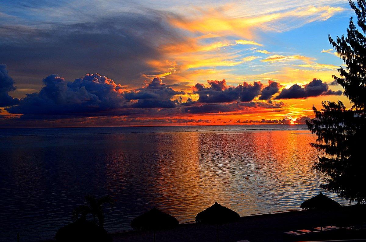 Закат над Сайпаном - Владимир Куликов