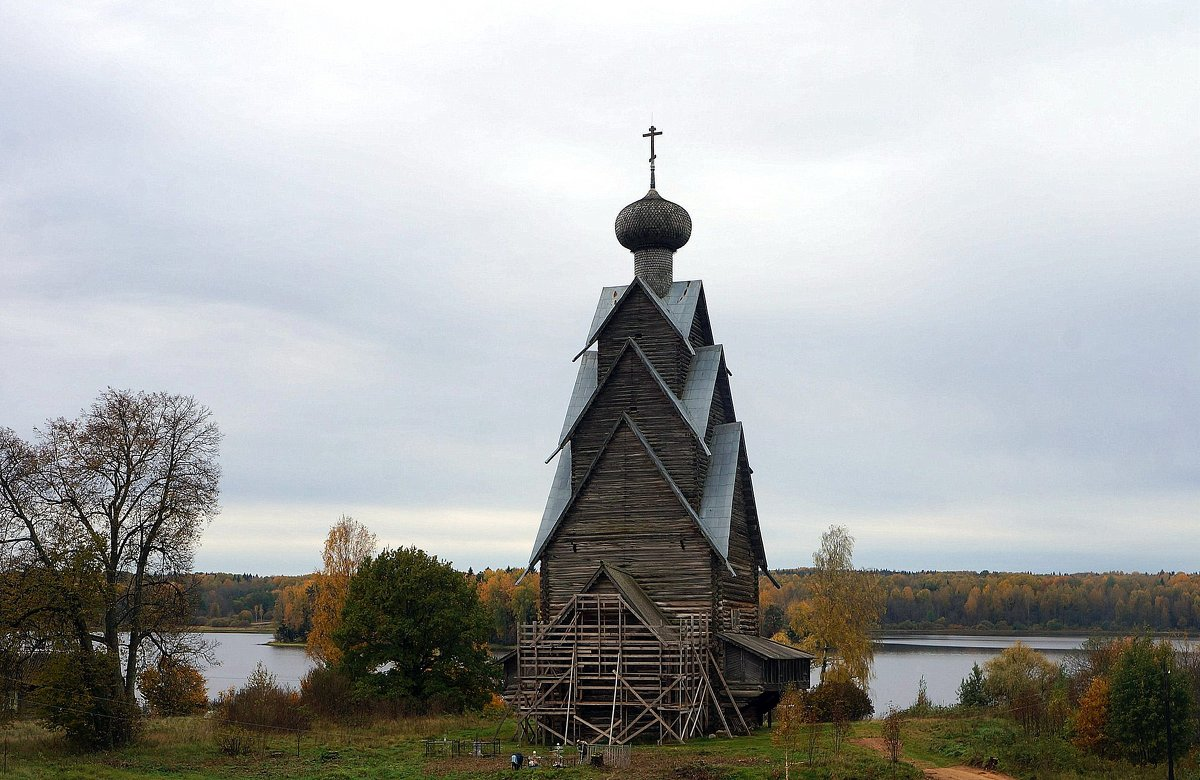 В Тверской области ищут подрячика, который отреставрирует уникальную деревянную церковь