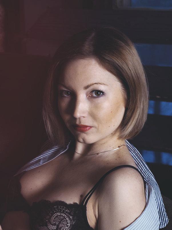 Портрет в студии - Надежда Крылова