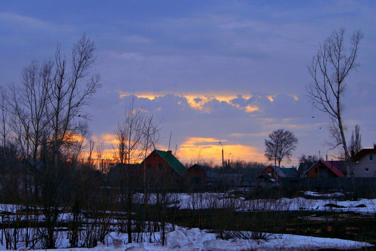 Гаснет вечер, даль синеет ... - Евгений Юрков