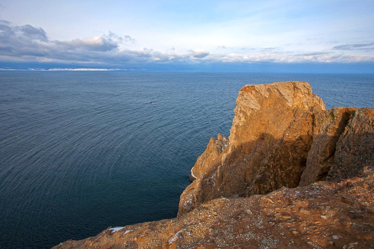 Северная точка острова - Анатолий Иргл