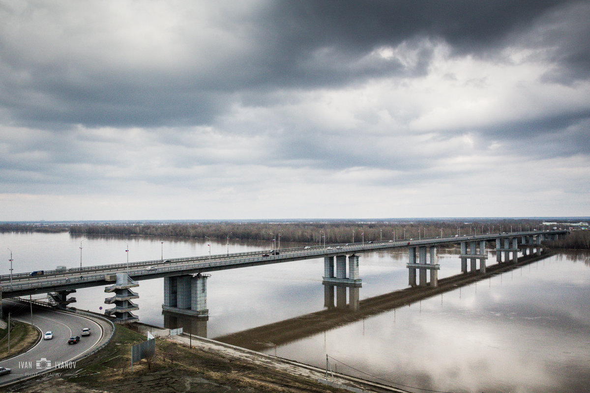 Мост. Речной вокзал Барнаула - Иван Иванов