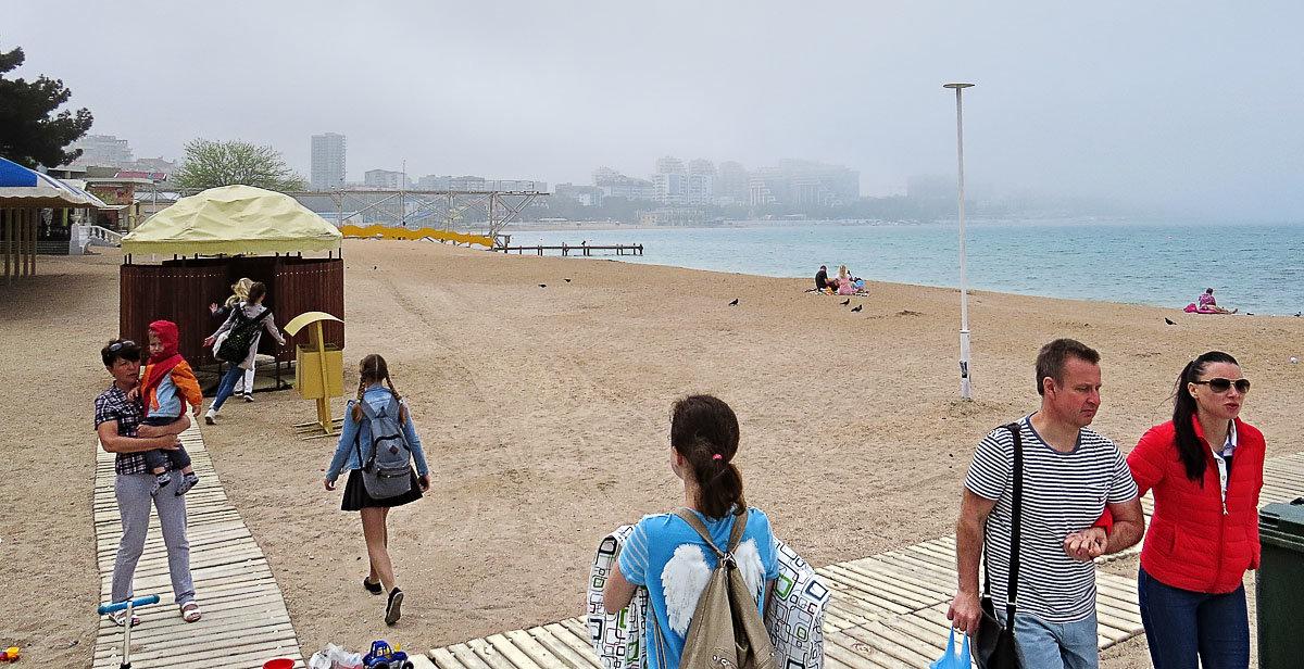Городской пляж - Валерий Дворников
