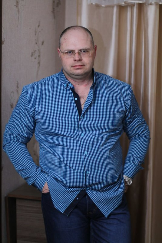Дома, - Борис Белоногов