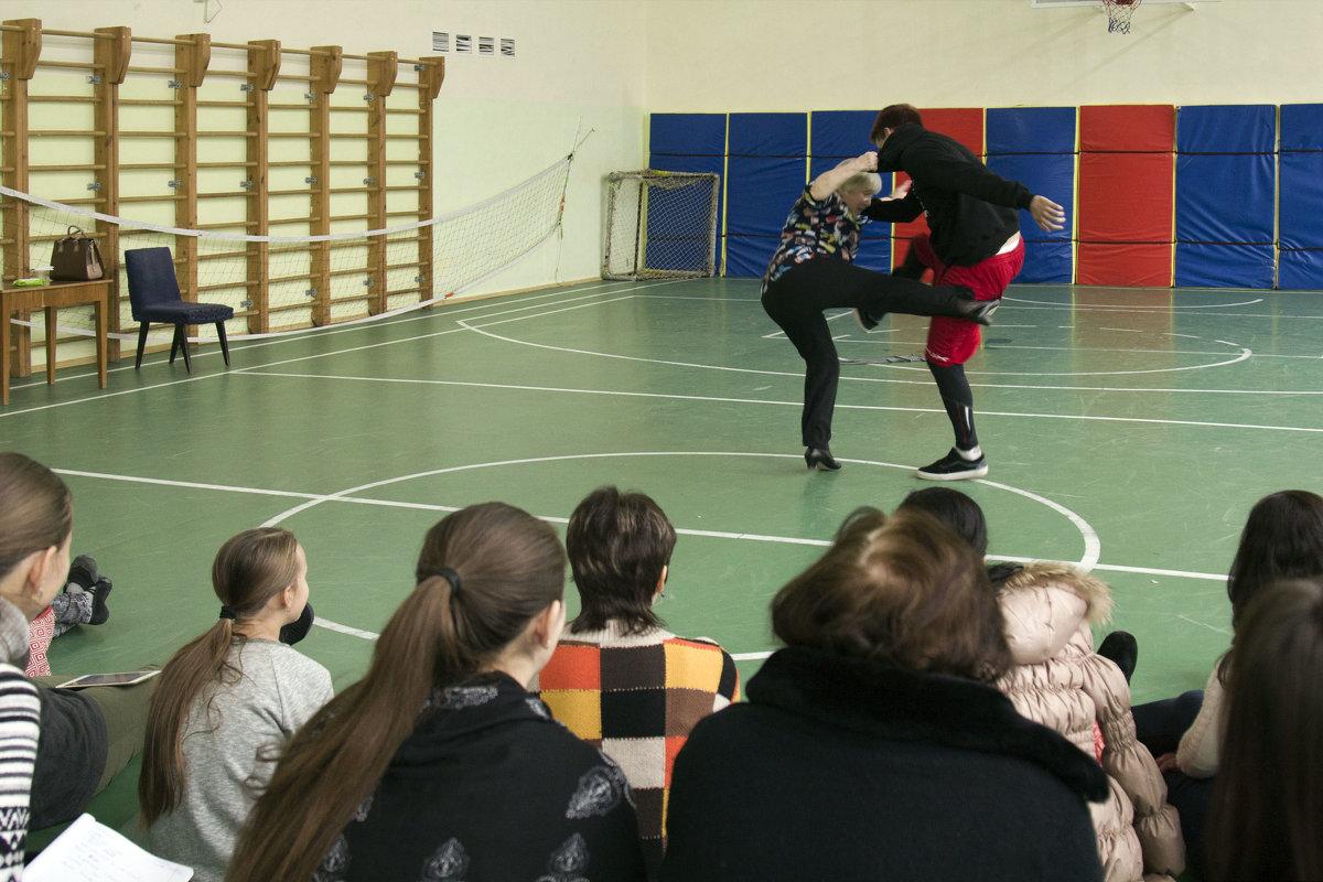 Танец нанайских мальчиков - Александр Рябчиков