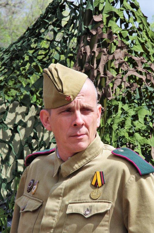 Портрет солдата - Анатолий Толстопятов
