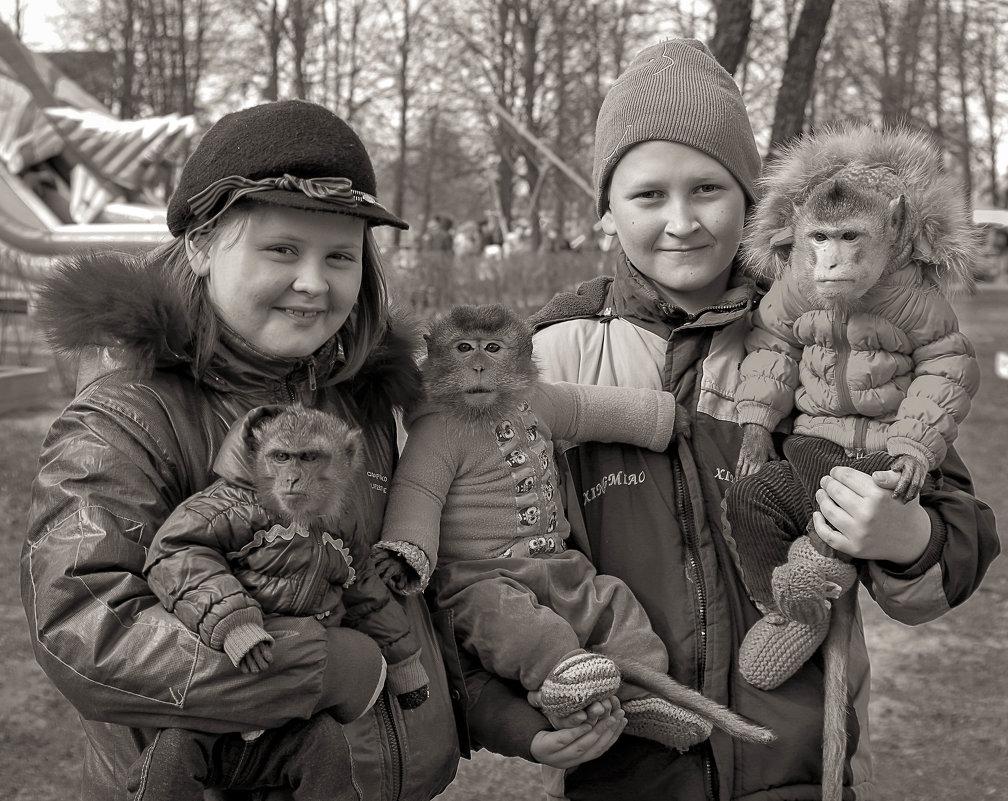 Молодая семья снимет комнату ))) - Рома Григорьев
