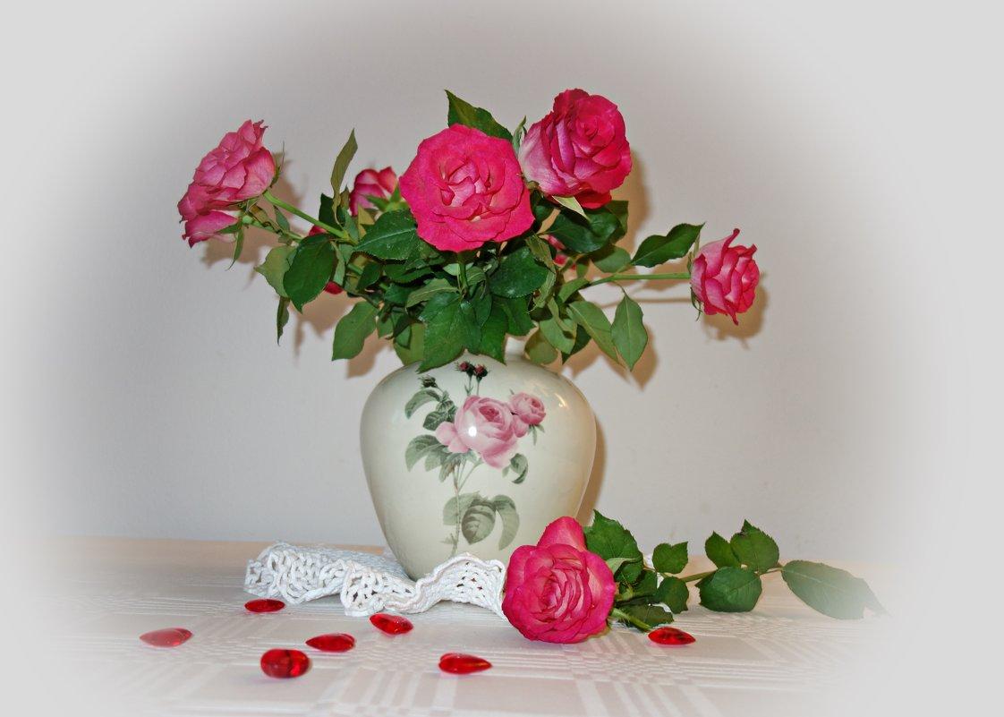 """""""Букет цветов — что может быть чудесней, Нежней что может и желанней быть! ?..."""".. - Galina Dzubina"""