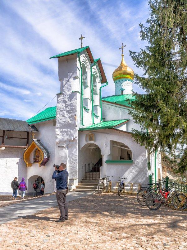 Никольский храм - Дмитрий Погодин