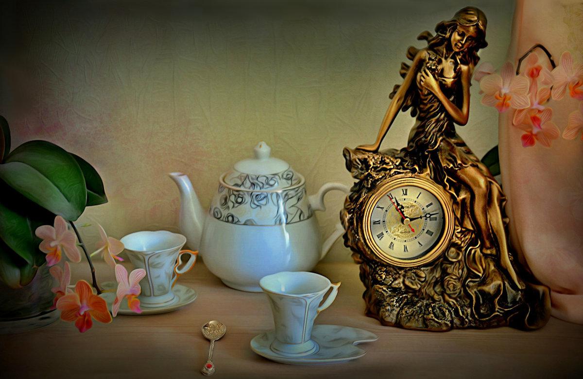 Бронзовые часы - Наталия Лыкова