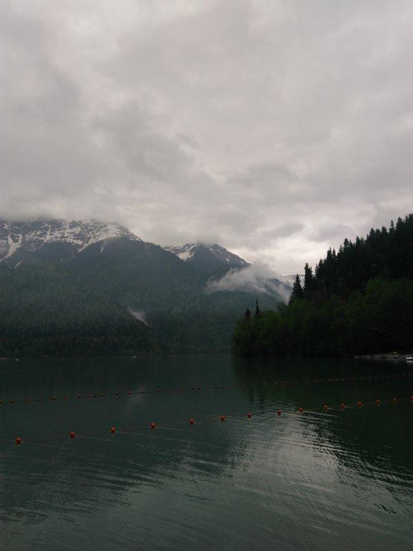 Озеро Рица - Аlexandr Guru-Zhurzh